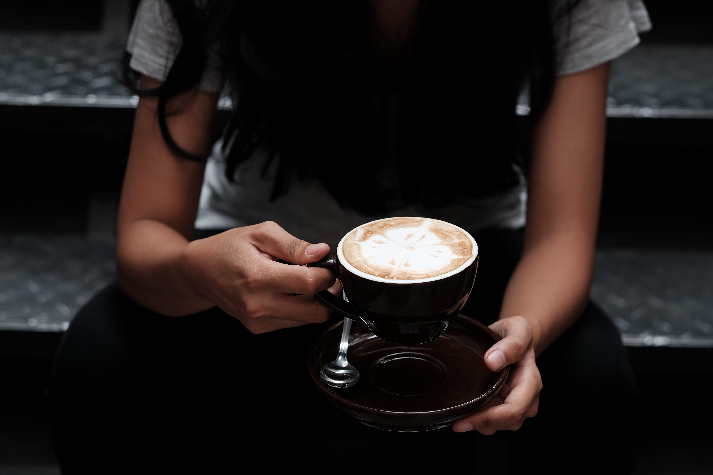 Neue Debatte Hinweise für Autoren bei einer Tasse Kaffee.