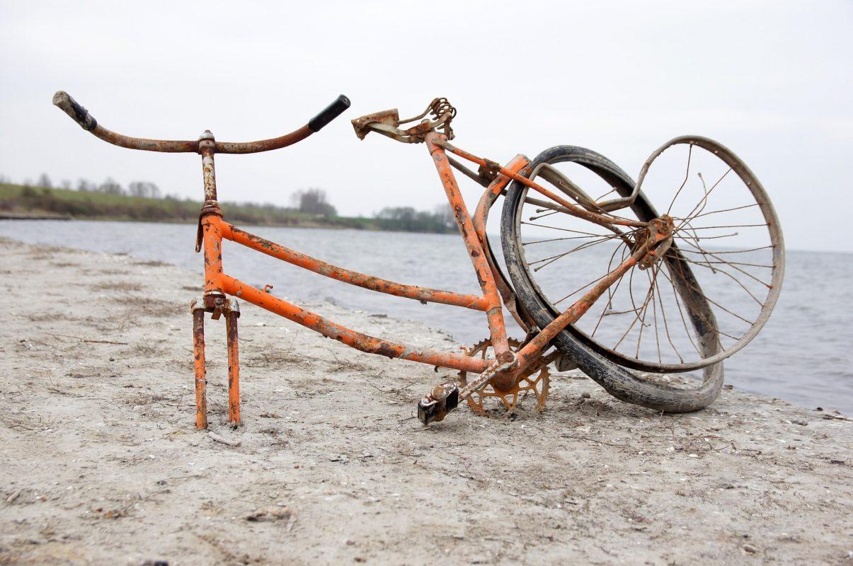 Nur für Verrückte – Über die Pathologie der Normalität und den Sand im Getriebe der Wirtschaft