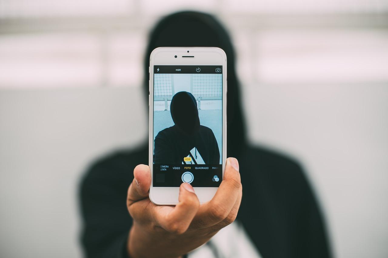 Beitrag - Neue Debatte - Isolation in sozialen netzen - pixabay - Pexels - CC0