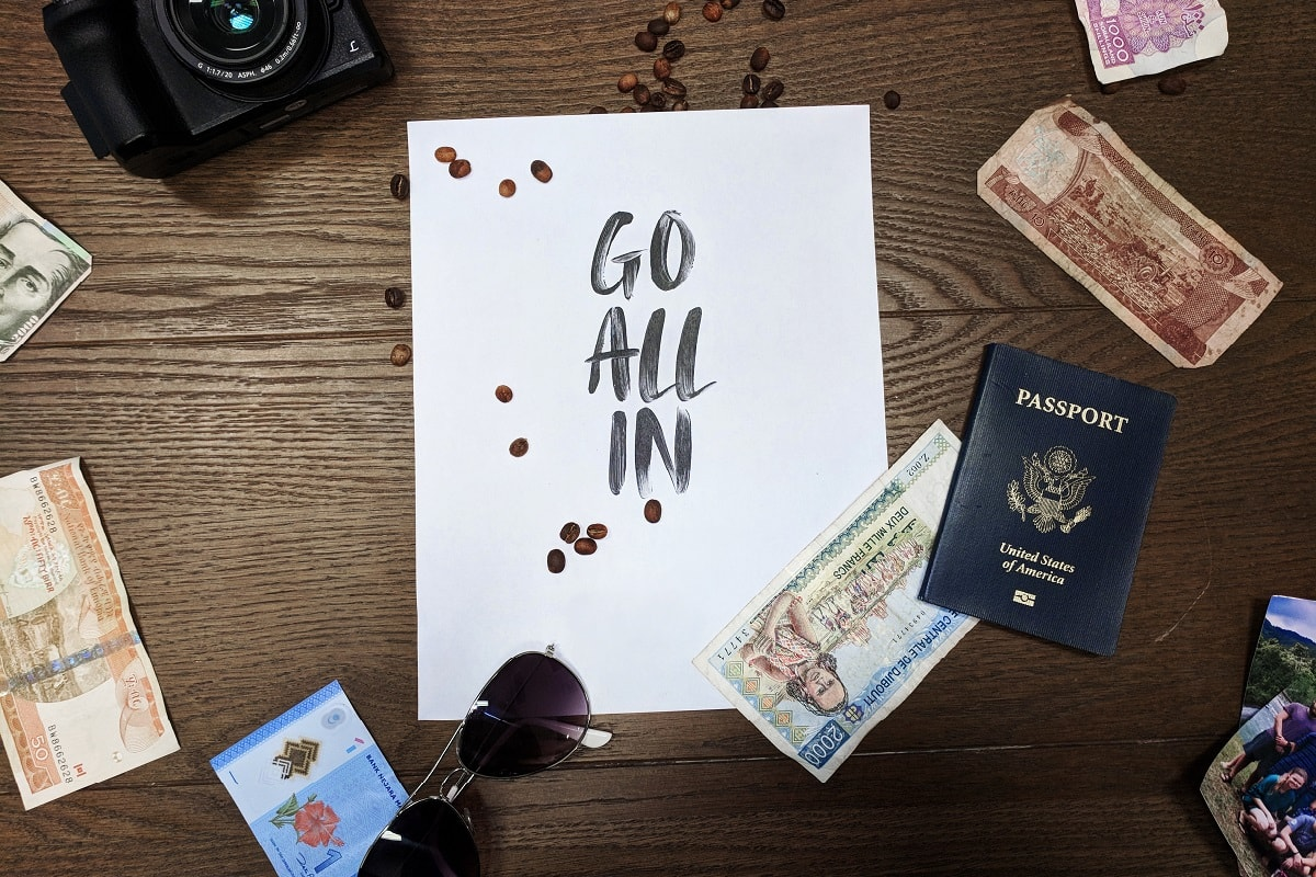 Go allin und reise um die Welt. (Foto: Jeremy Dorrough, Unsplash.com)