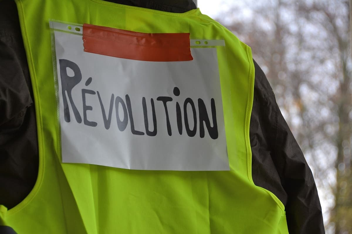 Yellow Vests Gelbe Westen (Foto: Ella87, Pixabay.com, Creative Commons CC0)